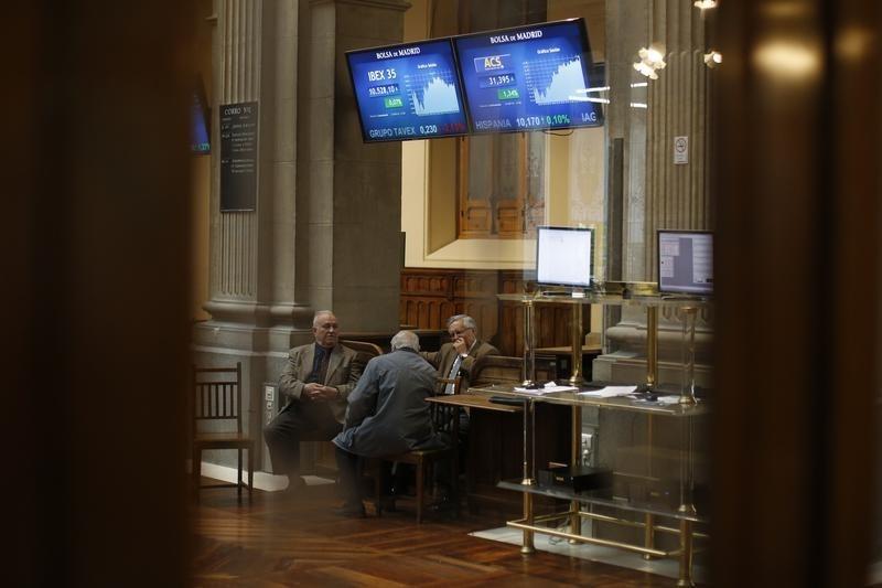 ВТБ разместит 14 апреля однодневные бонды серии КС-2-44 на 75 млрд рублей